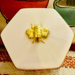 🐝Boho ceramic golden bee accent jewelry box🐝